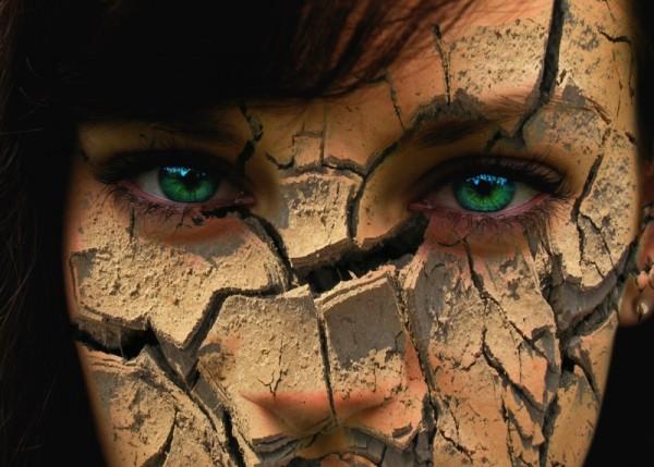 Przeszczep twarzy to nie tylko szansa na odzyskanie zdolności do normalnego jedzenia czy oddychania, ale także wyrażania emocji i zdolność czucia./ fot. Fotolia